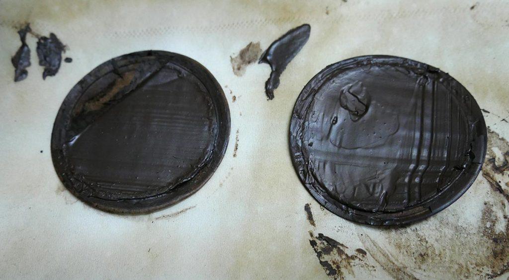 Mud filter cake